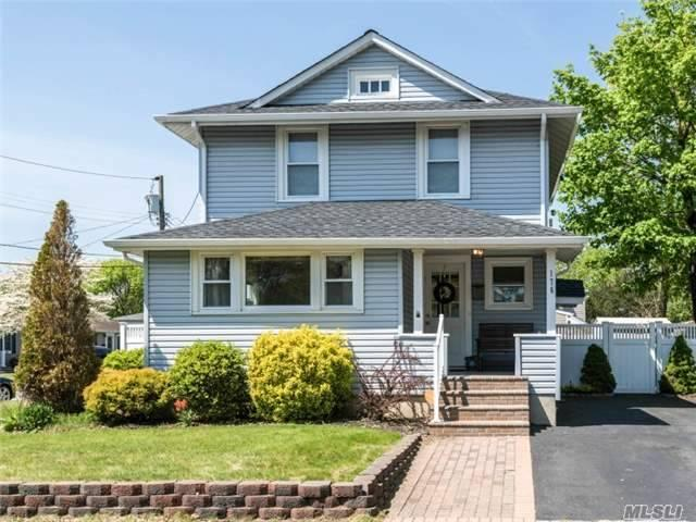 176 Central Ave, Patchogue NY 11772