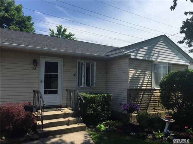 72 N Martin Rd, Bethpage, NY 11714