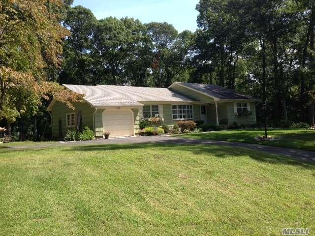 48 Zophar Mills Rd, Wading River, NY