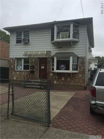 158-24 73rd Ave, Fresh Meadows, NY 11366