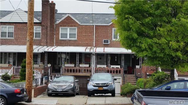 58-12 80 St, Middle Village, NY