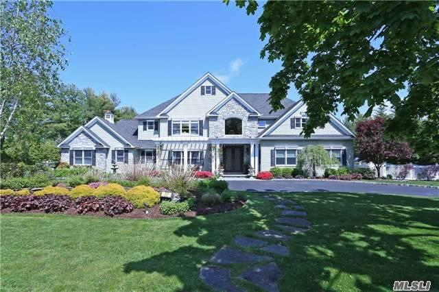 22 Louis Dr, Melville, NY 11747