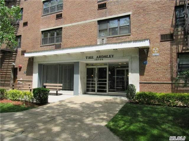 153-25 88 #APT 6D, Howard Beach, NY