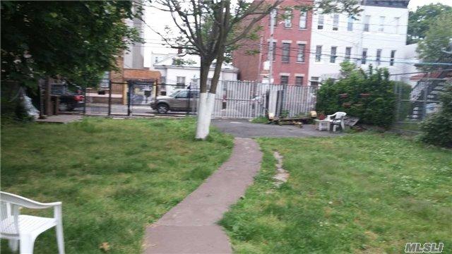 105-107 Wyona Street, Brooklyn, NY 11207