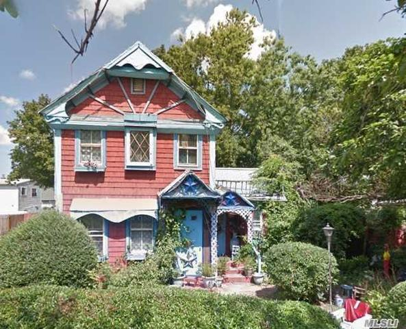15 Fordham St Patchogue, NY 11772