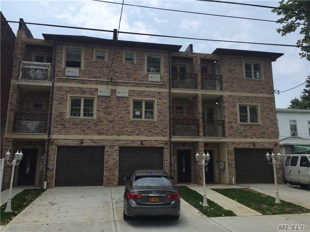 86-24 124 St, Richmond Hill, NY 11418