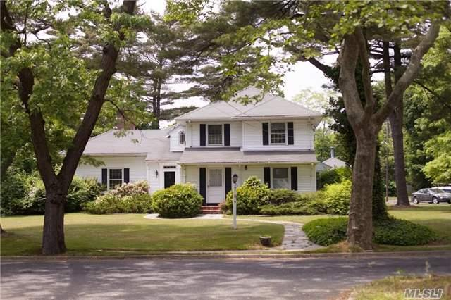4 Brentwood Pkwy Brentwood, NY 11717
