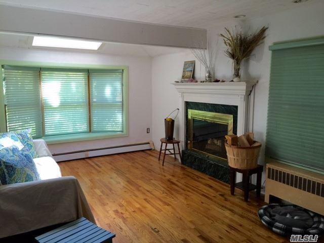1348 Peters Blvd Bay Shore, NY 11706