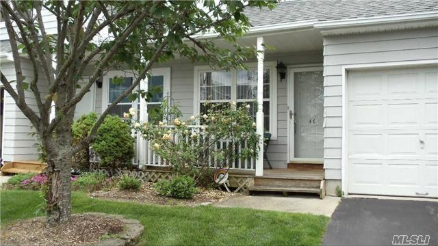 46 Pleasantview Dr Central Islip, NY 11722