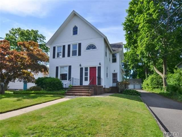 34 Fairview St Huntington, NY 11743