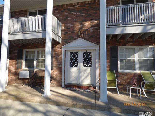 242 Fairharbor Dr Patchogue, NY 11772
