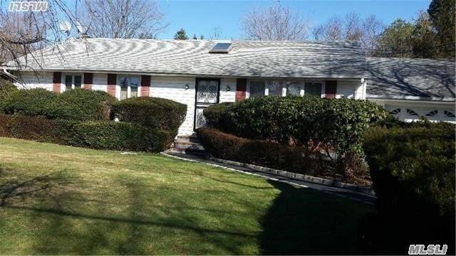 152 Oakfield Ave, Dix Hills, NY 11746