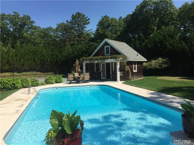 2 Foster Road, Quogue, NY 11959