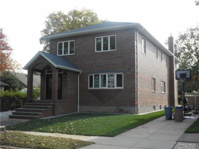 154-60 22 Ave, Whitestone, NY 11357
