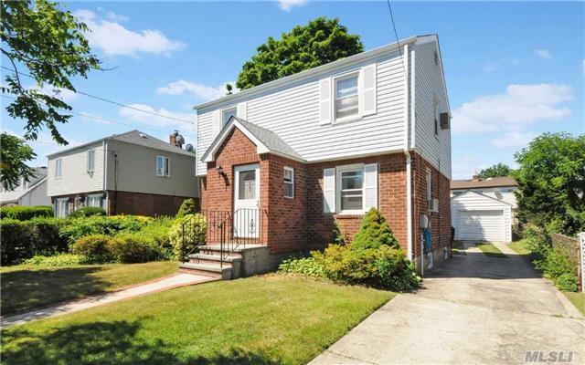 367 Latham Road, Mineola, NY 11501