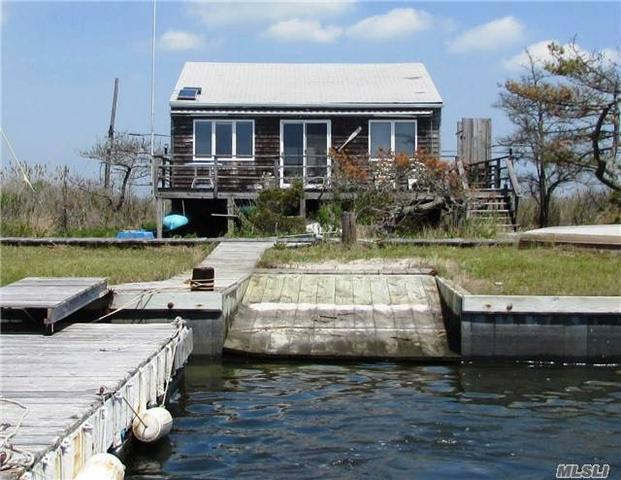 94 Oak Island Is ## e, Oak Island, NY 11702