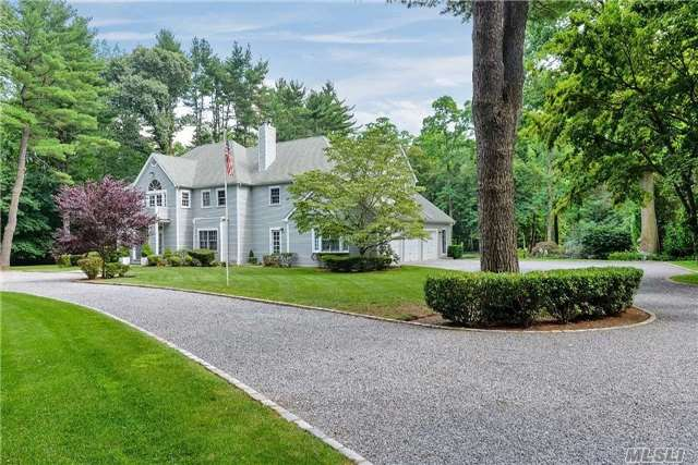 4 Taylor Court, Locust Valley, NY 11560