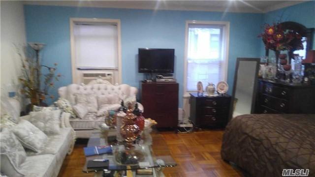 26-01 Glenwood Road #1R, Brooklyn, NY 11210