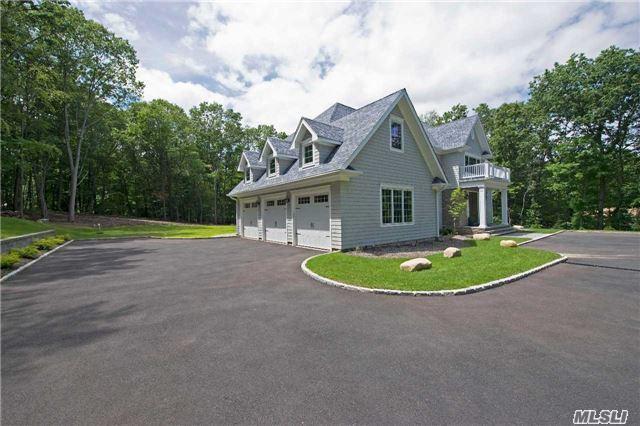 23 Oakwood Drive, Lloyd Harbor, NY 11743