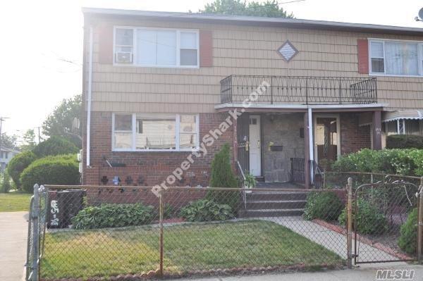 145-98 224th St, Springfield Gardens, NY 11413