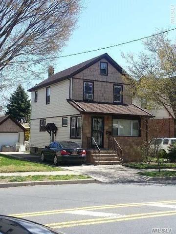 134-11 Hook Creek Blvd, Rosedale, NY 11422