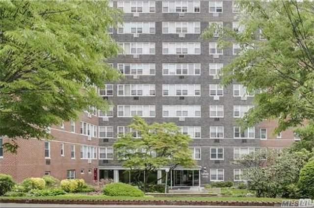 164-20 Highland Ave #5L, Jamaica, NY 11432