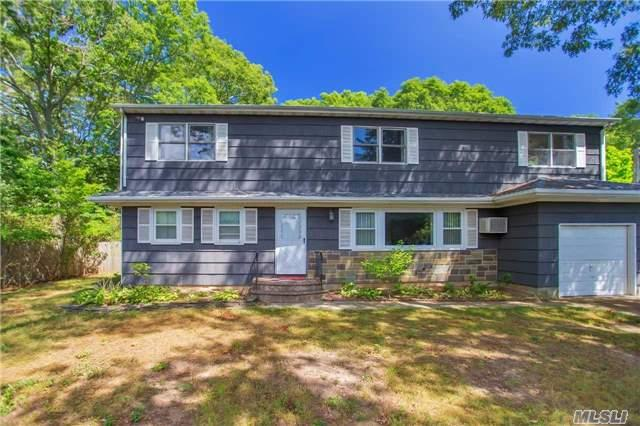 458 Free State Dr, Shirley, NY 11967