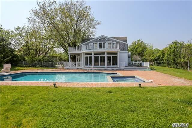 Undisclosed, Quogue, NY 11959