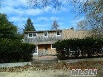 100 Fort Pond Blvd, East Hampton, NY 11937