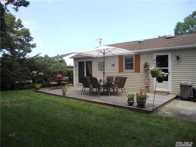 1407-39 Middle Road, Calverton, NY 11933