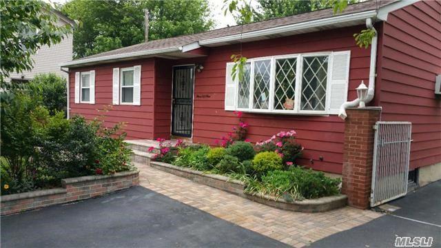 351 New Hwy, Amityville, NY 11701
