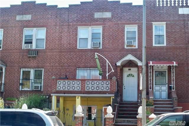 51-55 48th St, Woodside, NY 11377