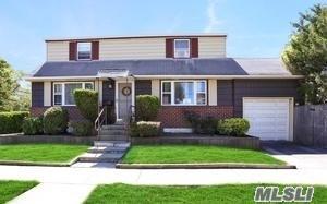 1732 Westmoreland Rd, Merrick, NY 11566