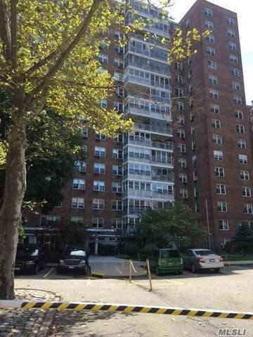 43-10 Kissena Blvd #4K, Flushing, NY 11355