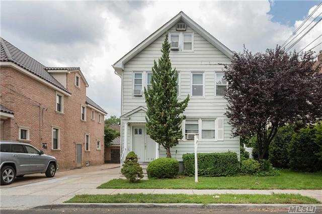 14-60 156th St, Beechhurst, NY 11357