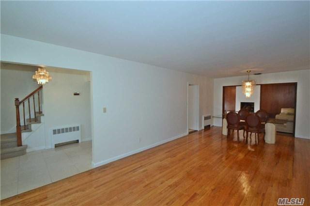 36 Nirvana Avenue, Great Neck, NY 11023