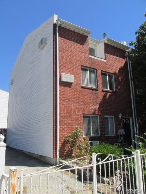 15 Harper Court, Bronx, NY 10466