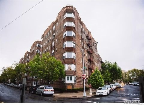 3520 Tryon Ave #308, Bronx, NY 10467
