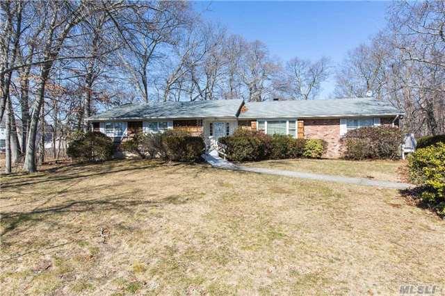 152 Merritts Pond Rd # a, Riverhead, NY 11901