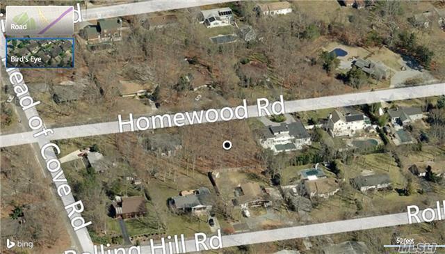 19 Homewood Dr, Hampton Bays, NY 11946