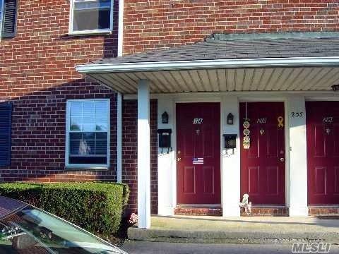 235 Hicksville Rd #1A, Bethpage, NY 11714