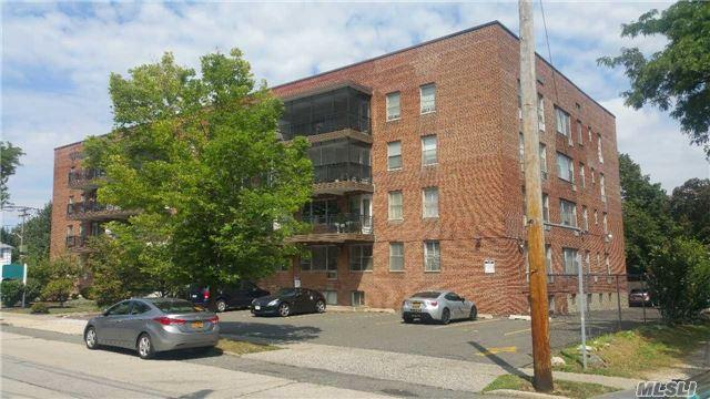 100 Randall Ave #3-F, Freeport, NY 11520