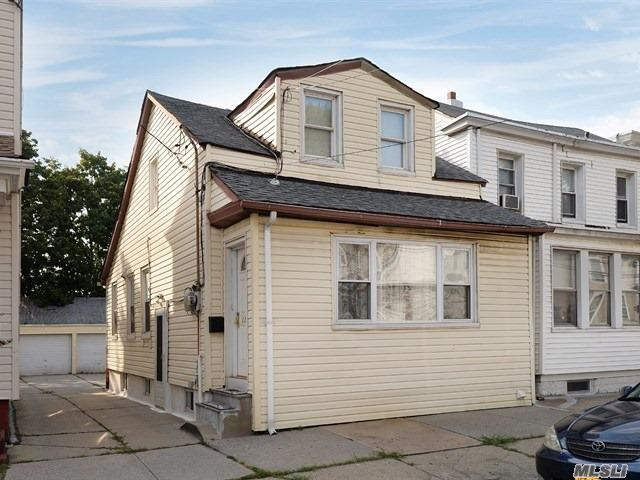 22-26 124 St, College Point, NY 11356