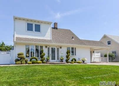 Undisclosed, Levittown, NY 11756