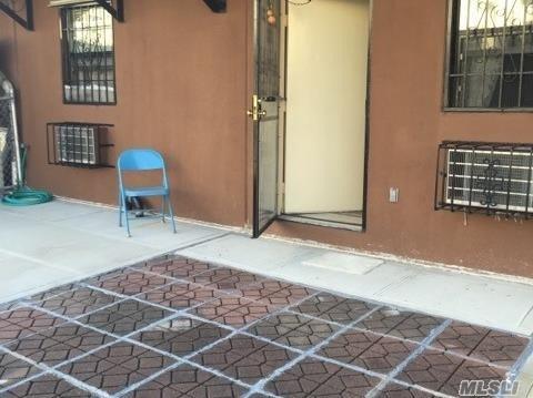 858 Leland Ave, Bronx, NY 10473