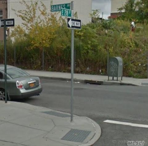 721 E 218th Street, Bronx, NY 10467