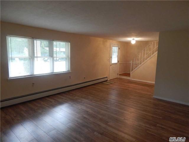 401 Boxwood Drive, Shirley, NY 11967