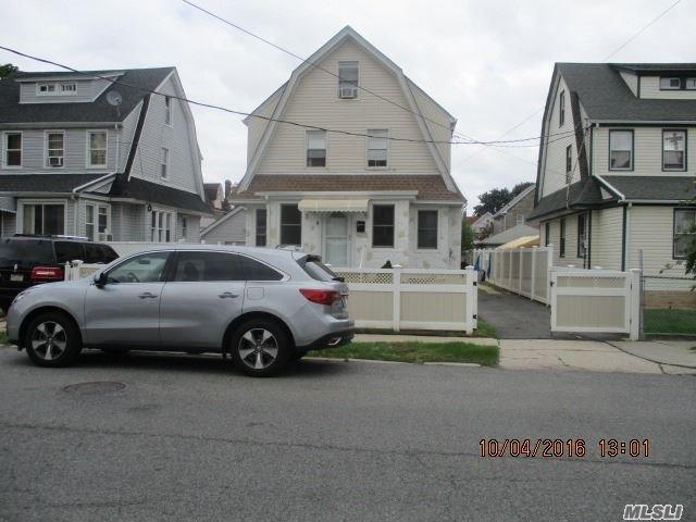 110-47 199th St, St. Albans, NY 11412