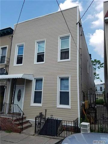60-43 55th St, Maspeth, NY 11378