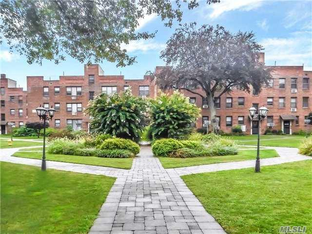 1 Jefferson Ave #1E, Rockville Centre, NY 11570